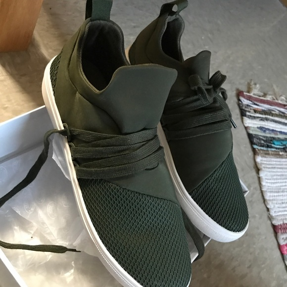 Steve Madden Shoes | Army Green Steve